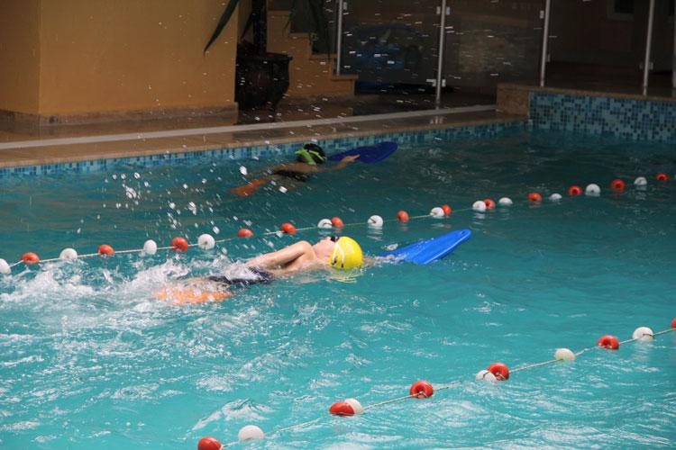 beylikdüzü çocuk yüzme havuzu