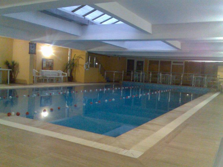 beylikdüzü yüzme havuzu