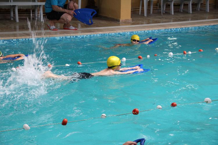 en iyi beylikdüzü yüzme kursu